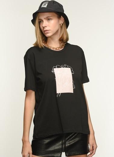 NGSTYLE Kadın Baskılı  Tişört NGKSS21TS0030 Siyah